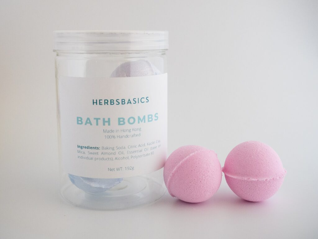 How do you make Bath Bombs at Home