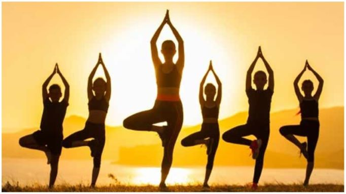 6 yogasanas to reduce Menstrual Cramps in Teenagers and Adults